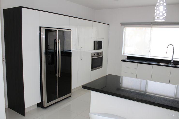 Casa Nordika Itech Kali Cocinas equipadas Compuestos de madera y plástico Blanco