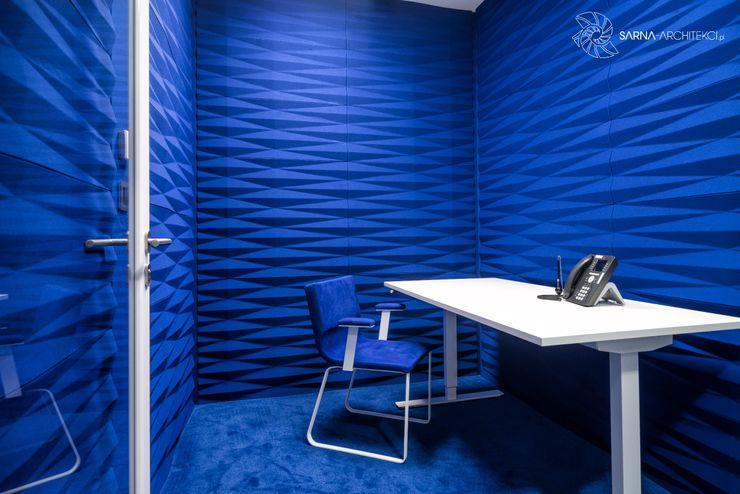 projekt wnętrza biura, pokój skupienia, quiet room SARNA ARCHITECTS Interior Design Studio Przestrzenie biurowe i magazynowe