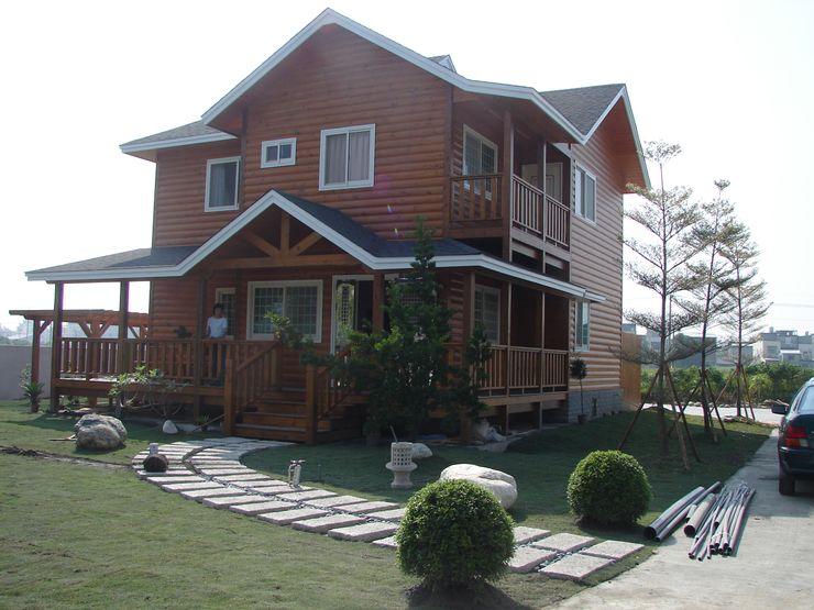 安居屋有限公司 Rustic style houses