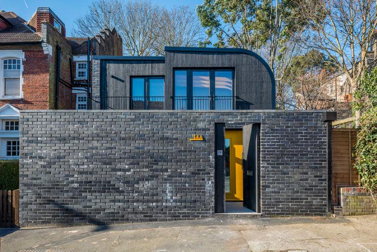 Darling House The Crawford Partnership Nhà gia đình Gạch Black