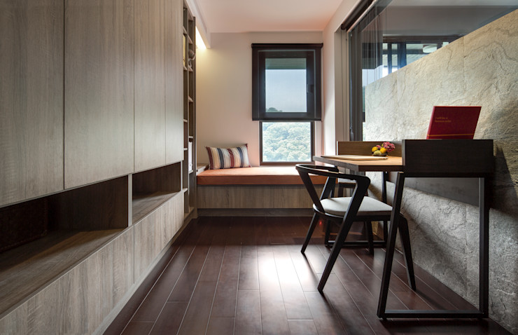 新北24坪機能住宅 鈊楹室內裝修設計股份有限公司 書房/辦公室
