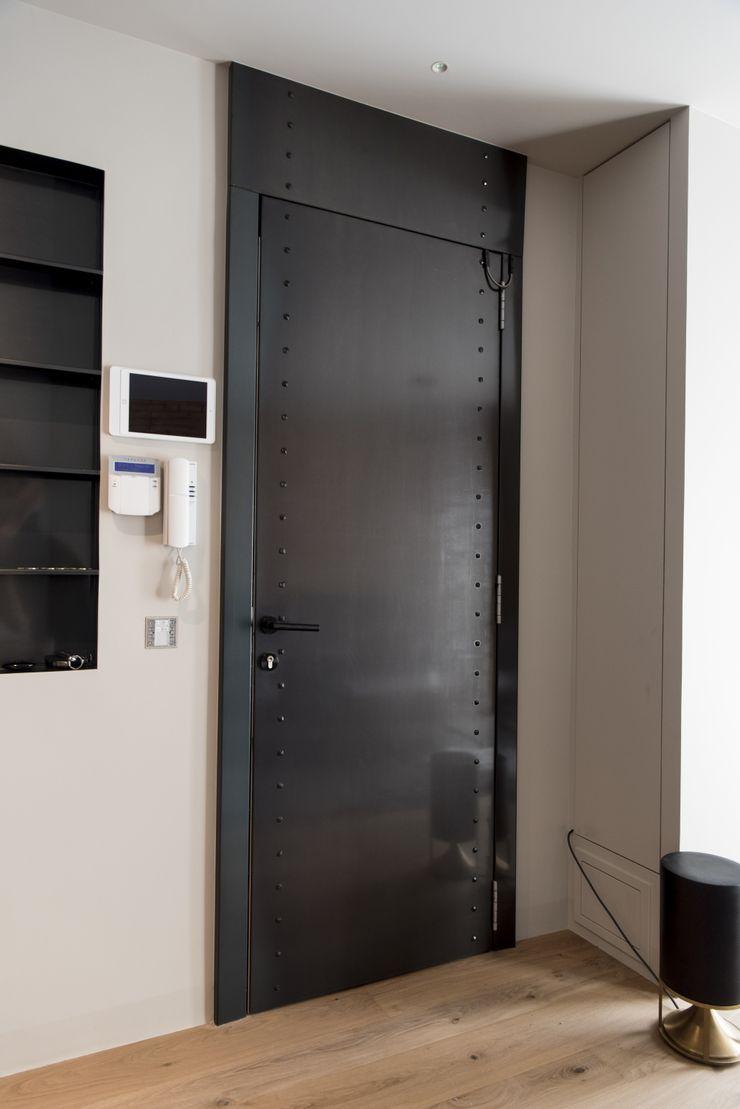 Goian Inside doors