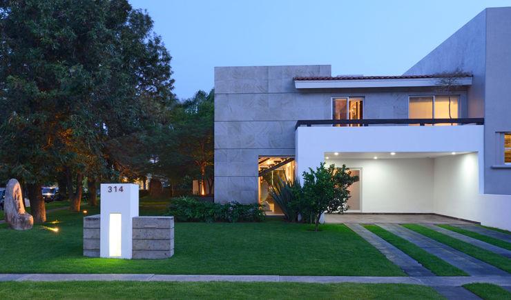 Fachada Stuen Arquitectos Casas unifamiliares