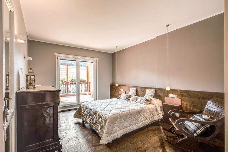 ISIDORO MOB ARCHITECTS Camera da letto moderna
