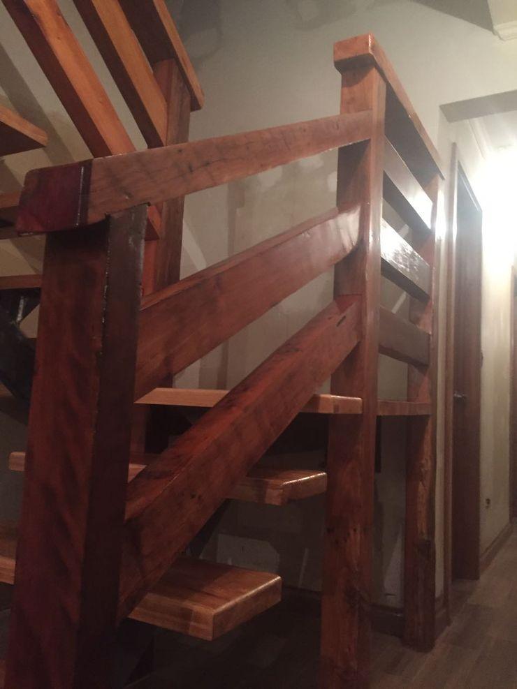 Constructora Rukalihuen Stairs