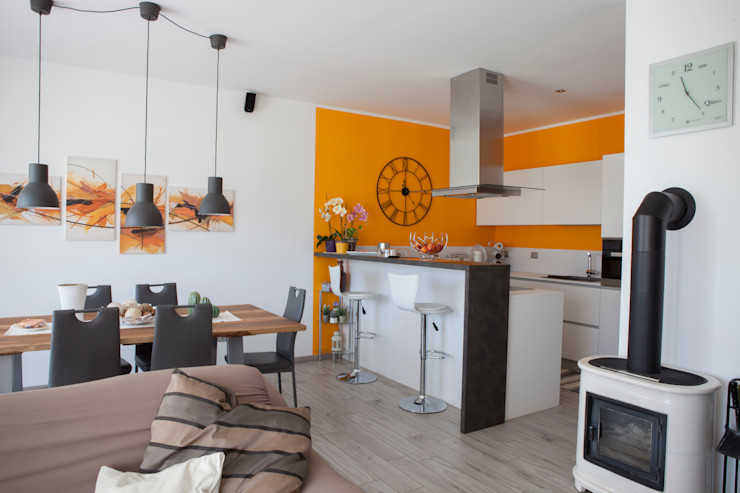 Spazio Positivo Built-in kitchens Orange