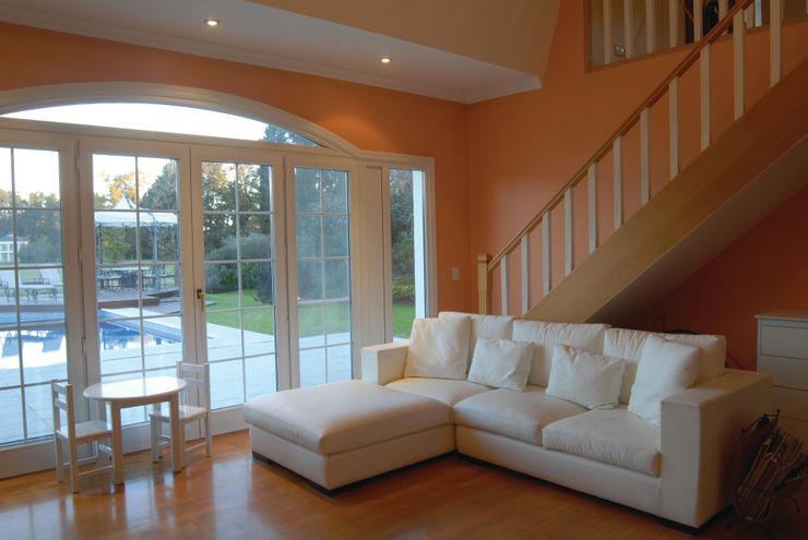CIBA ARQUITECTURA Living room Wood effect