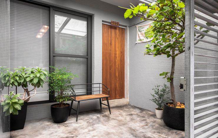 湜湜空間設計 Kantor & Toko Modern Beton Grey