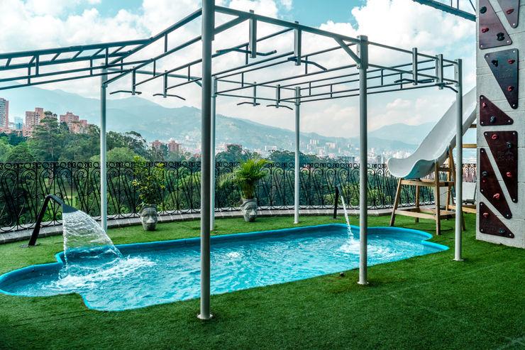 homify Garden Pool Tiles Blue