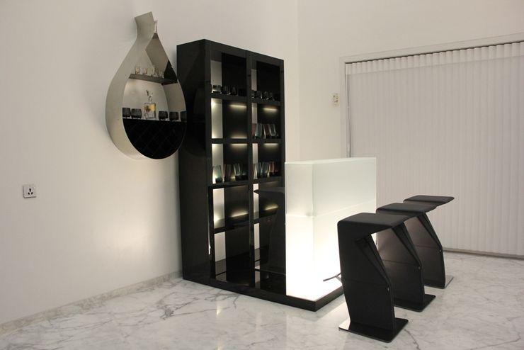 Innerspace 现代客厅設計點子、靈感 & 圖片