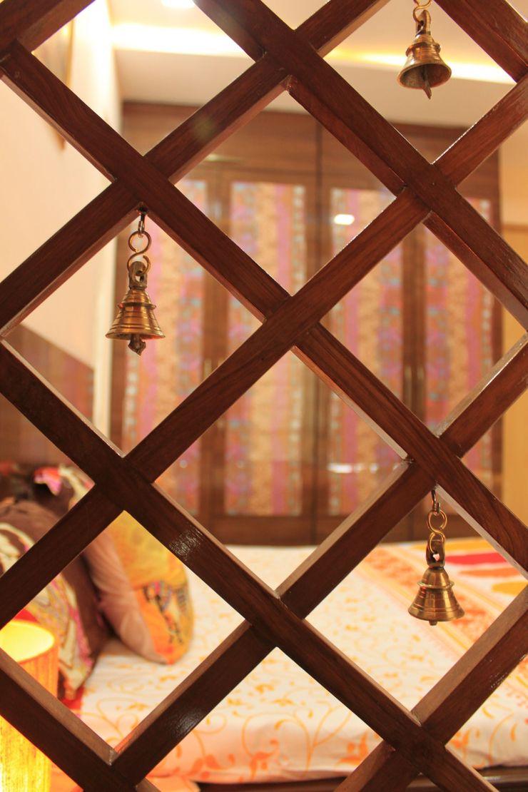 Parent's Bedroom - Pooja Area Wooden Net Dezinebox Modern style bedroom