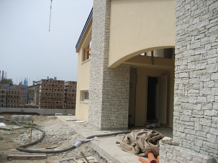 Architetti Baggio Заміський будинок Камінь Білий