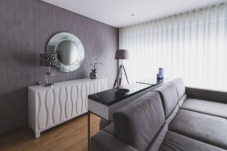 Grupo HC Modern living room