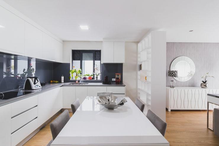 Grupo HC KitchenCabinets & shelves