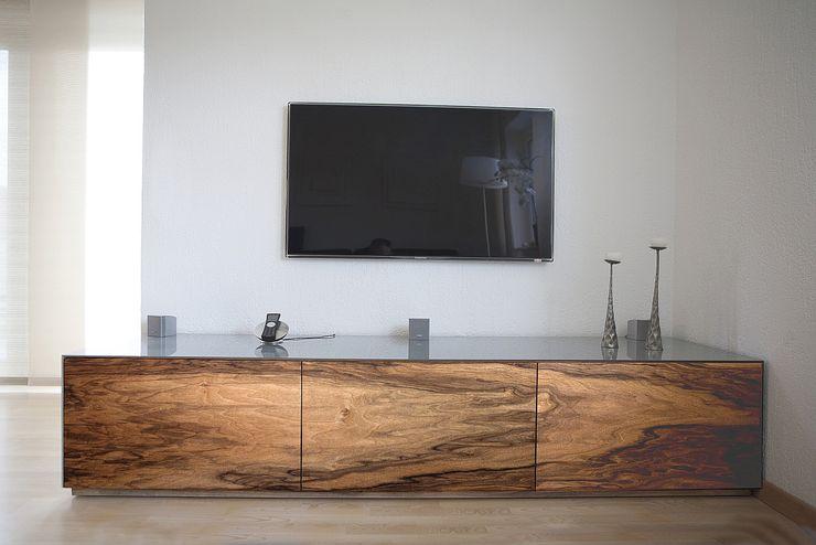 luanna design SalasMuebles de televisión y dispositivos electrónicos Madera Gris
