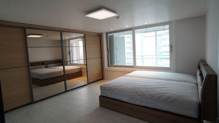 YONG DESIGN Modern style bedroom