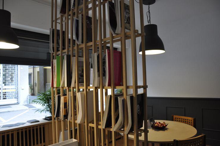 Libreria divisorio Studio Forma Negozi & Locali commerciali moderni