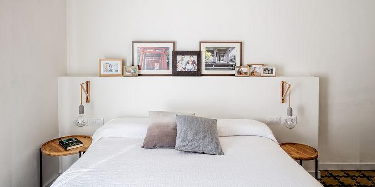 Dormitorio Principal Abrils Studio Dormitorios de estilo ecléctico Blanco
