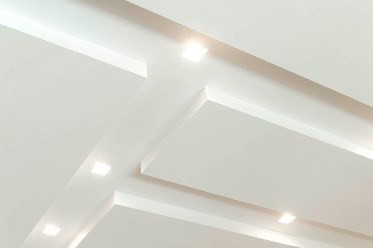 Sala da pranzo - Soggiorno Luca Bucciantini Architettura d' interni Soggiorno minimalista Bianco