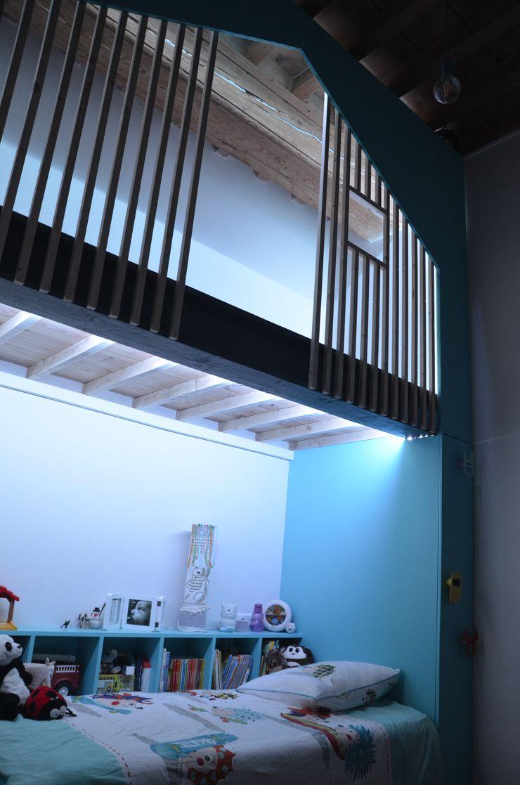 Kauri Architecture Camera ragazzi Legno Blu