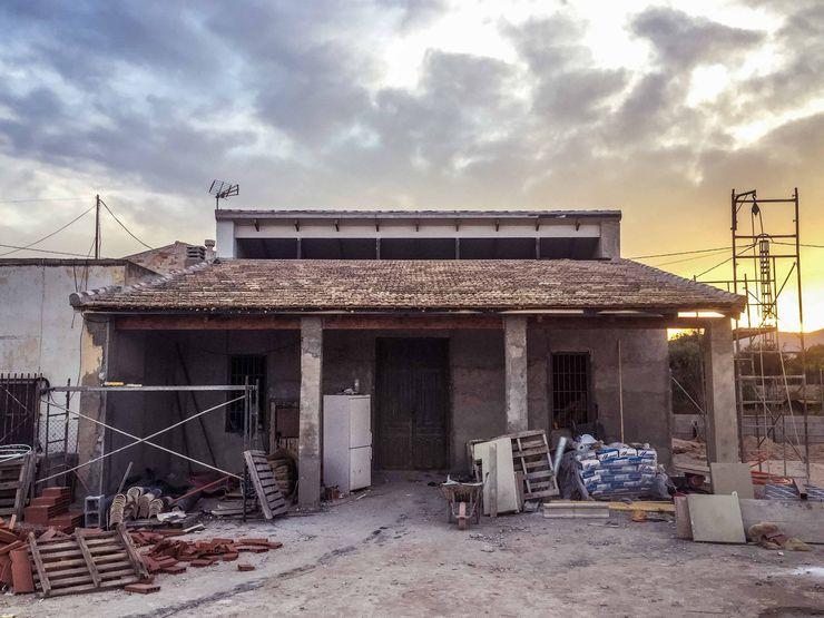 Ejecución de la obra - lucernario Francisco Pomares Arquitecto / Architect Casas de estilo rural