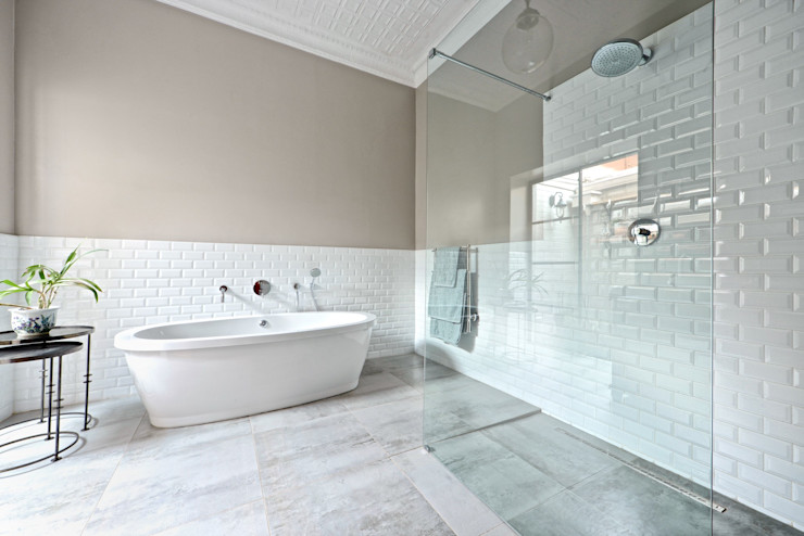Open shower concept Oksijen حمام Grey