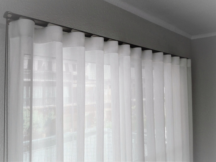 Navarro valera cortinas y hogar Modern living room Copper/Bronze/Brass White