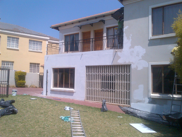 Kgodisho Solutions and Projects Classic style houses