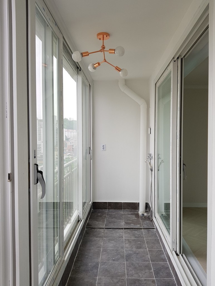 YONG DESIGN Modern Terrace