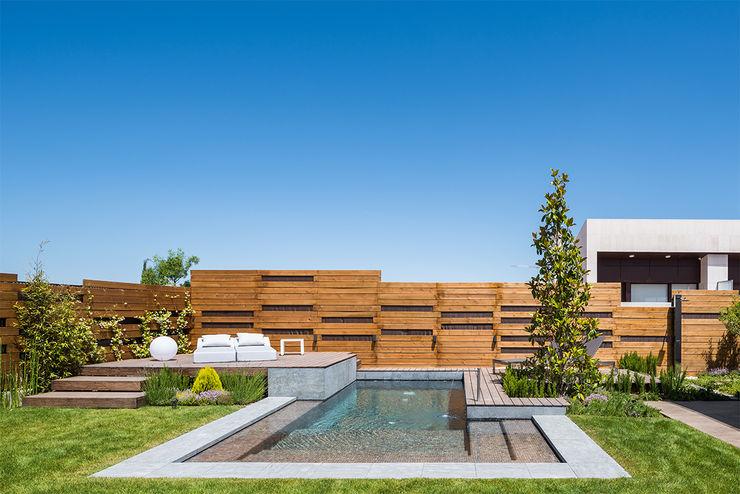 Diseño y construcción de piscinas y jardines zen en Madrid AGi architects arquitectos y diseñadores en Madrid Piscinas de jardín Madera