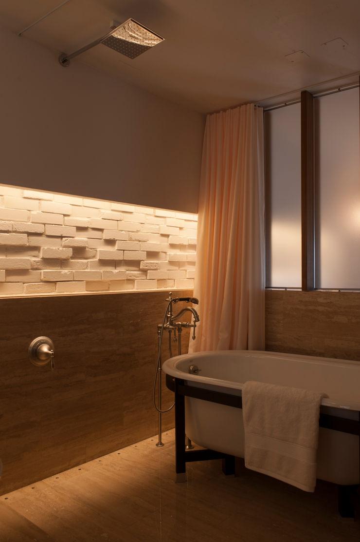 RENOVATION MODEL HOUSE yuukistyle 友紀建築工房 モダンスタイルの お風呂