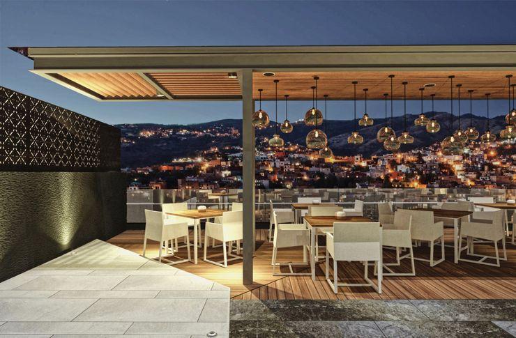 Exterior noche Rapzzodia Interiorismo Gastronomía de estilo minimalista Hierro/Acero Acabado en madera