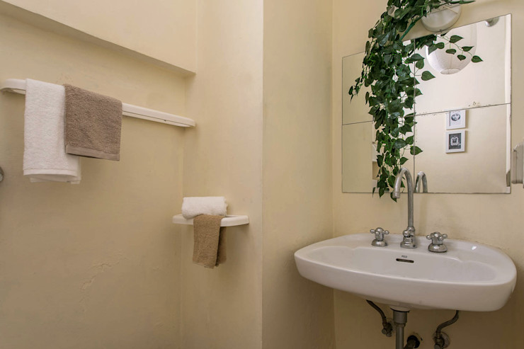 Habitat Home Staging & Photography Ванна кімната