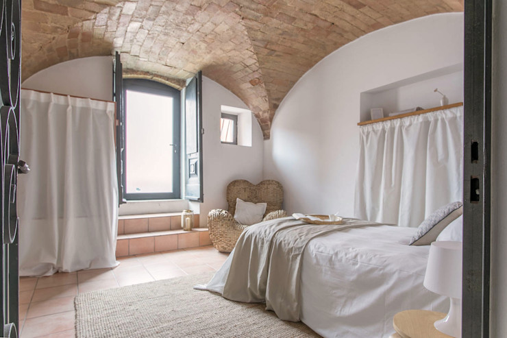 Habitat Home Staging & Photography Спальня
