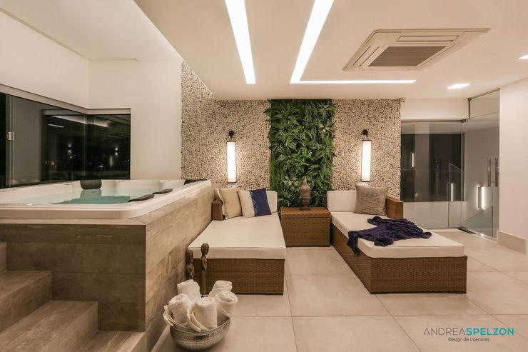 Andréa Spelzon Interiores Spa de estilo mediterráneo