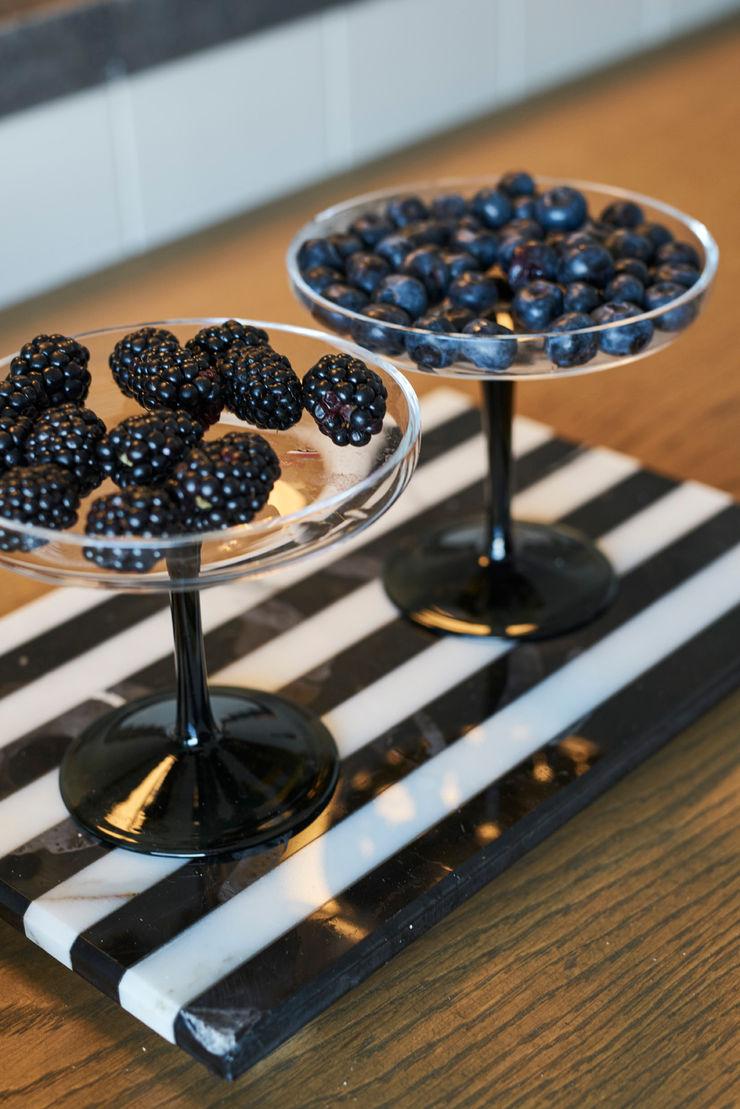 Bodrum Bodrum Esra Kazmirci Mimarlik KitchenAccessories & textiles Marble Black
