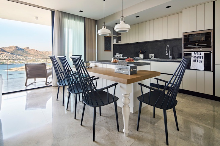 Bodrum Bodrum Esra Kazmirci Mimarlik Kitchen units Wood Grey