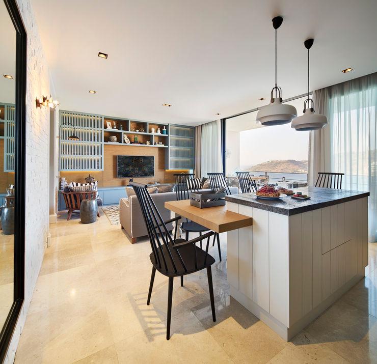 Bodrumbodrum Esra Kazmirci Mimarlik Eclectic style living room Wood Blue