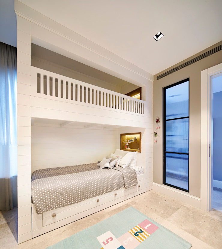 Bodrumbodrum Esra Kazmirci Mimarlik Eclectic style bedroom Wood White