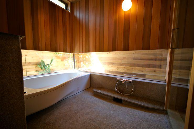 浴室 株式会社高野設計工房 モダンスタイルの お風呂