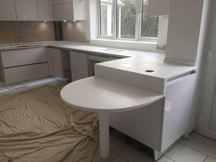 Corian EG КухняСтолы и стулья Мрамор Белый