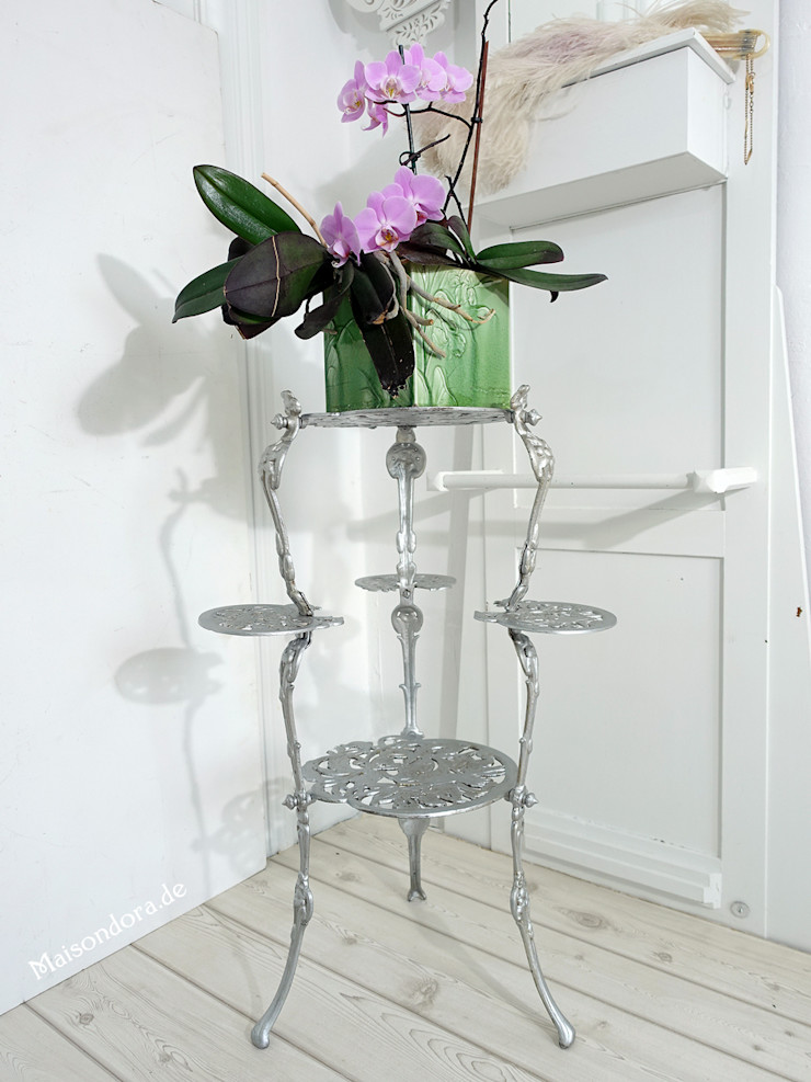 Maisondora Vintage Living Interior landscaping Iron/Steel Metallic/Silver
