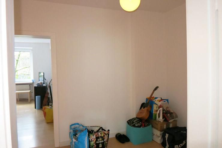 Möbliertes Appartement - Eingangsbereich VORHER Tschangizian Home Staging & Redesign Minimalistischer Flur, Diele & Treppenhaus