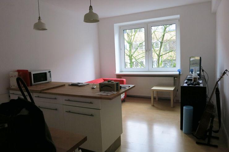 Möbliertes Appartement - Wohnbereich VORHER Tschangizian Home Staging & Redesign Minimalistische Wohnzimmer