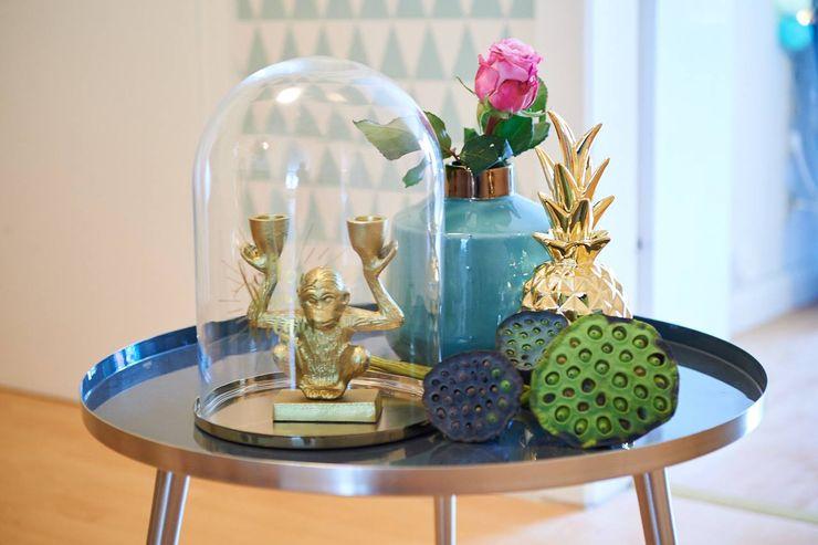 Möbliertes Appartement - Stilleben Tschangizian Home Staging & Redesign WohnzimmerAccessoires und Dekoration