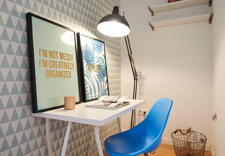 Möbliertes Appartement - Arbeiten Tschangizian Home Staging & Redesign Moderne Arbeitszimmer