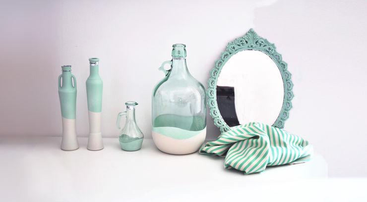 Revì Art - Upcycling Furniture Design Locaux commerciaux & Magasins Verre Turquoise