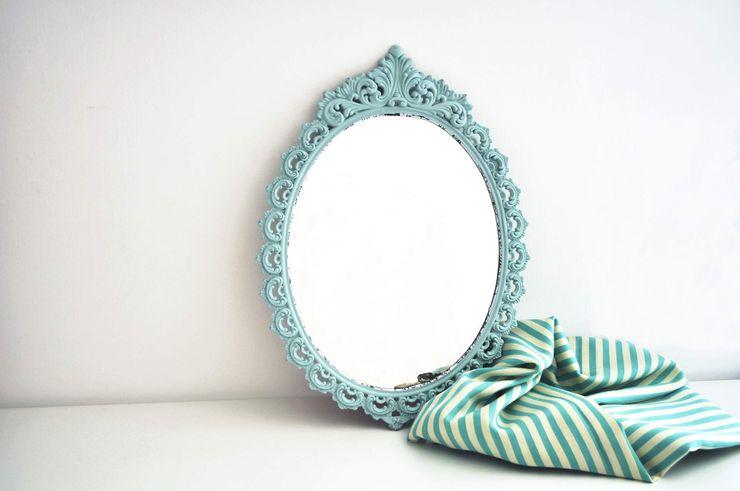 Revì Art - Upcycling Furniture Design Locaux commerciaux & Magasins Métal Turquoise