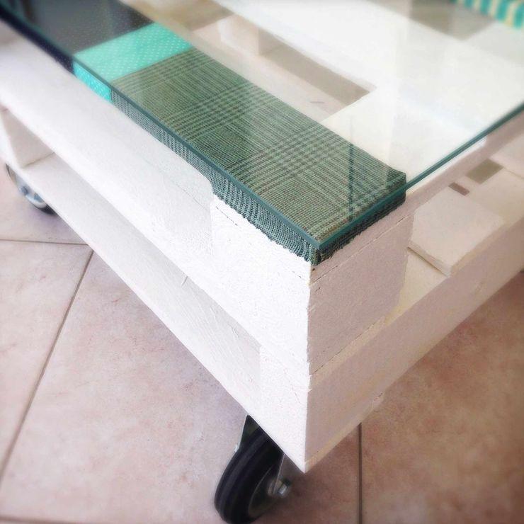 Revì Art - Upcycling Furniture Design Locaux commerciaux & Magasins Bois Blanc