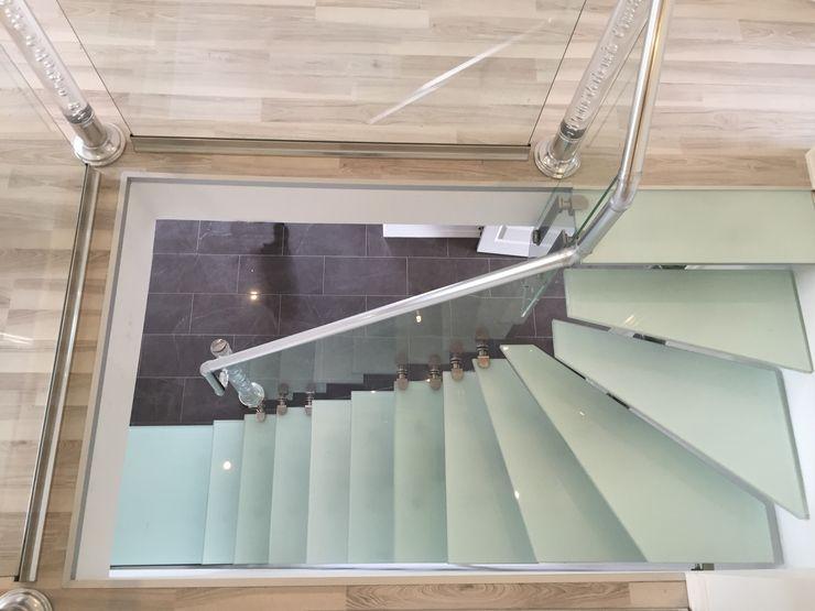 Visal Merdiven Коридор, коридор і сходиСходи